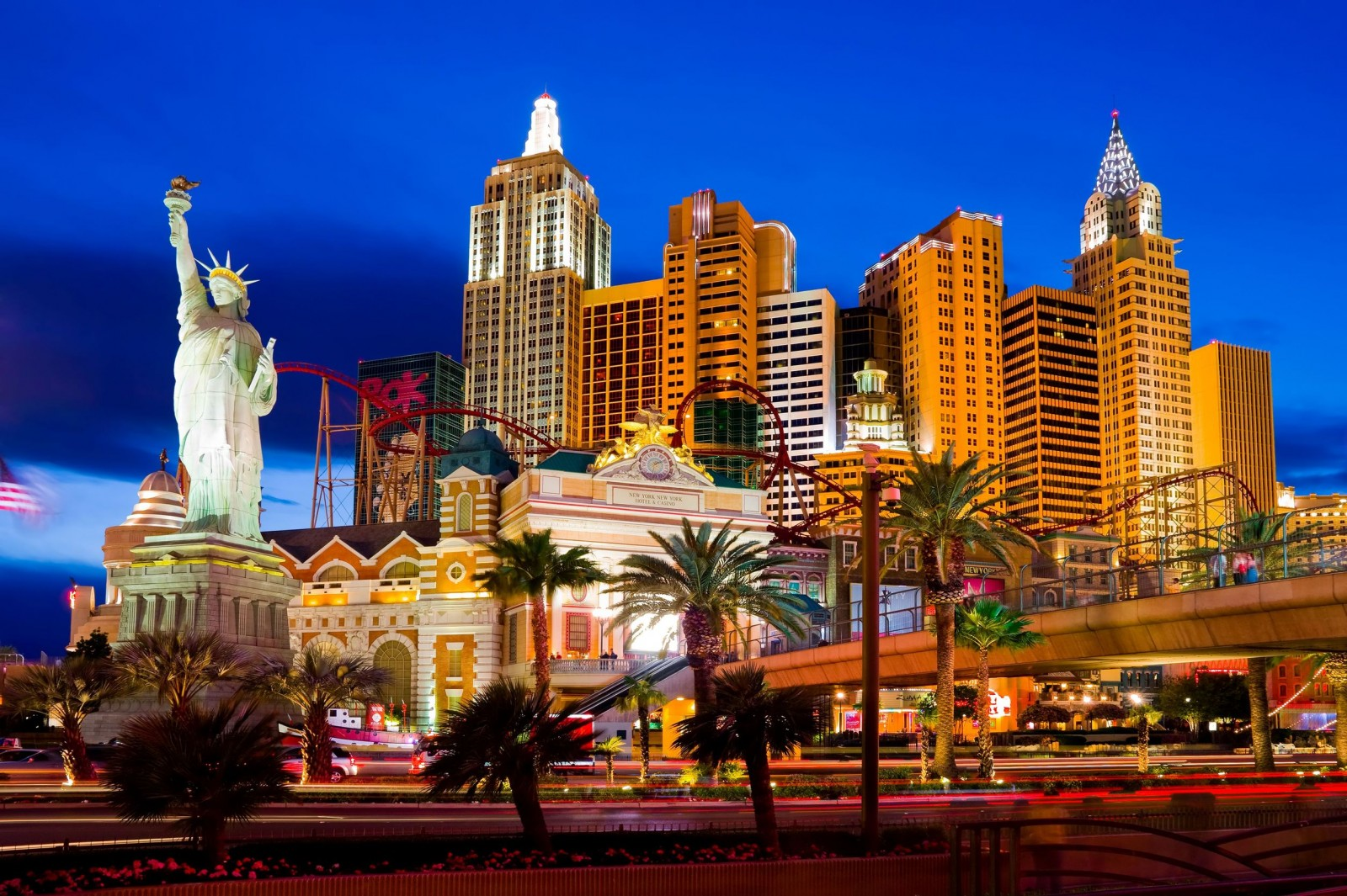 Tipping in Vegas: How to Do It Right?